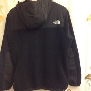 The North Face Jackets & Coats - North Face Hooded Denali Jacket L women EUC